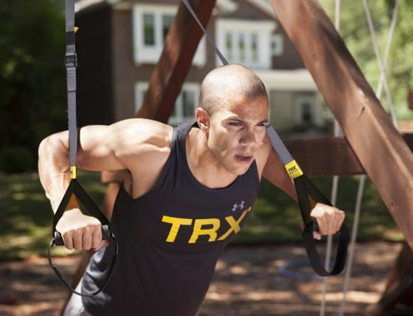 trx-go-suspension-trainer-man