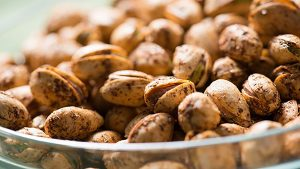 Spicy Mediterranean Roasted Pistachios